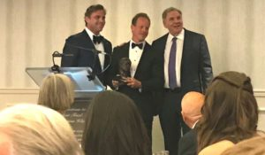 Michigan Auto Law's Steve Gursten receiving the Melvin M. Belli society award